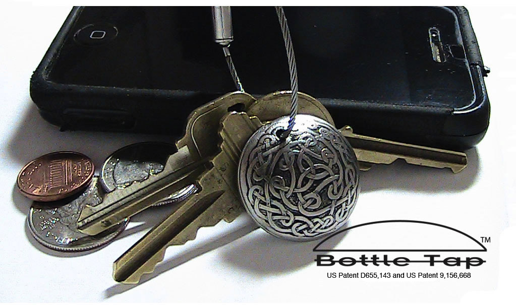 Hand engraved celtic keychain